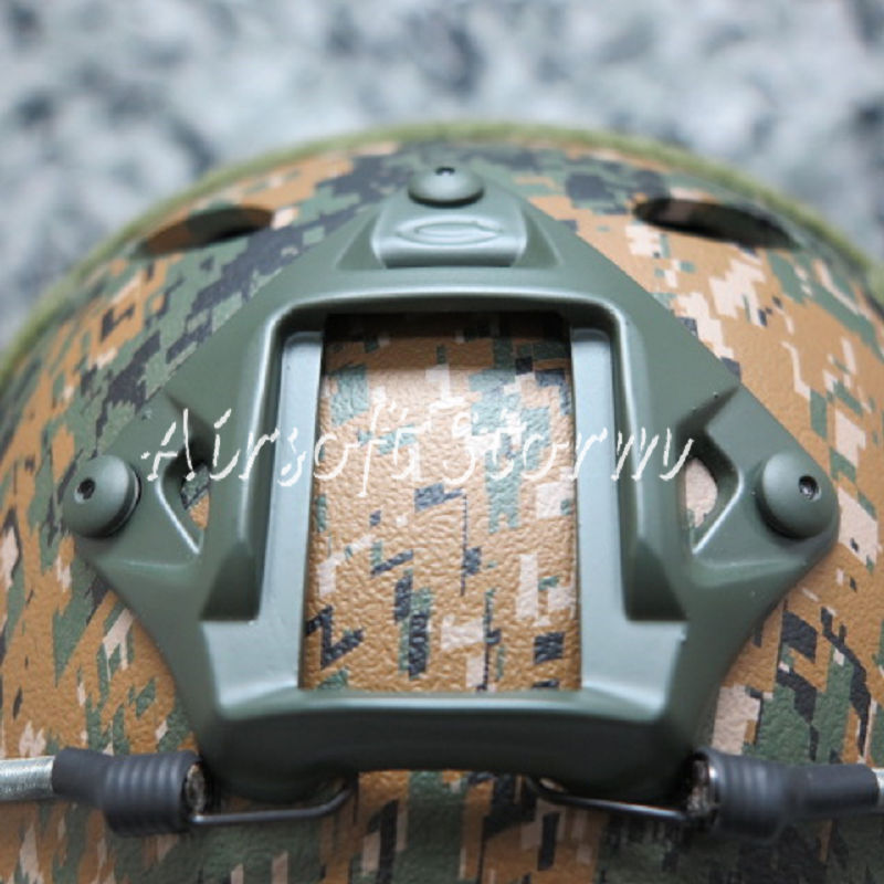 Airsoft Paintball SWAT Tactical FAST Carbon Style Helmet Woodland Digital Camo - Click Image to Close